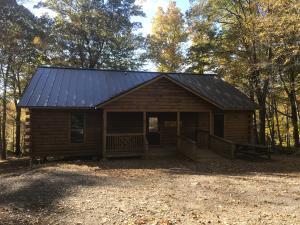 Cabin, large - White Pine